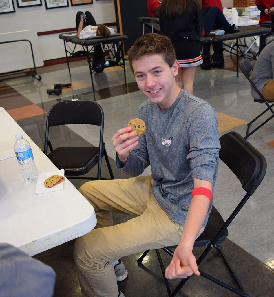 Students Make Charitable Blood Donations