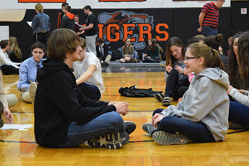 Link Crew meets with Freshmen for 2nd Semester