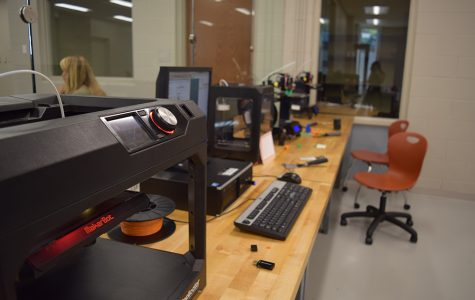 Students and Teachers Utilize  Innovation Center