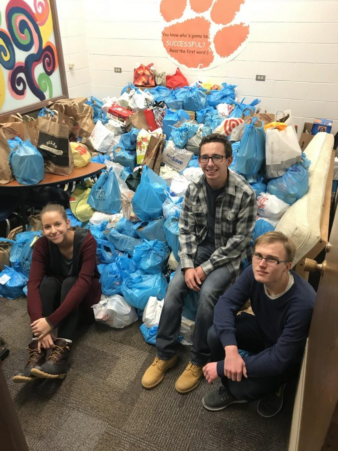 "Students become ""Soup-er Heroes"" through annual food drive"