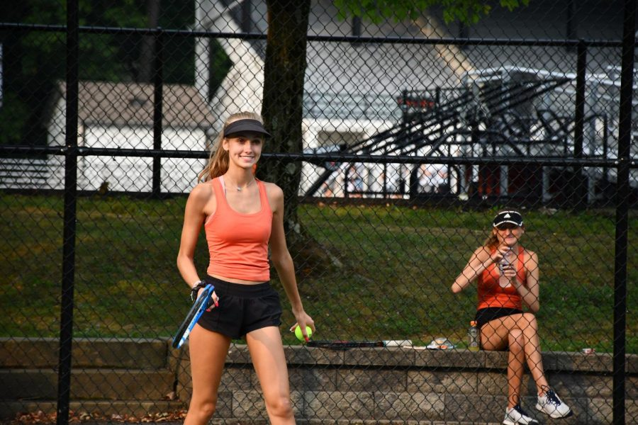 Girl%E2%80%99s+Tennis+Prepares+for+Sectionals